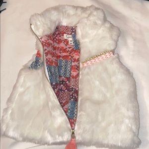Jessica Simpson 6/9M Baby Fur Vest
